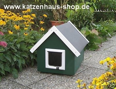 katzenhaus spitzdach farbe moosgr n katzenhaus. Black Bedroom Furniture Sets. Home Design Ideas