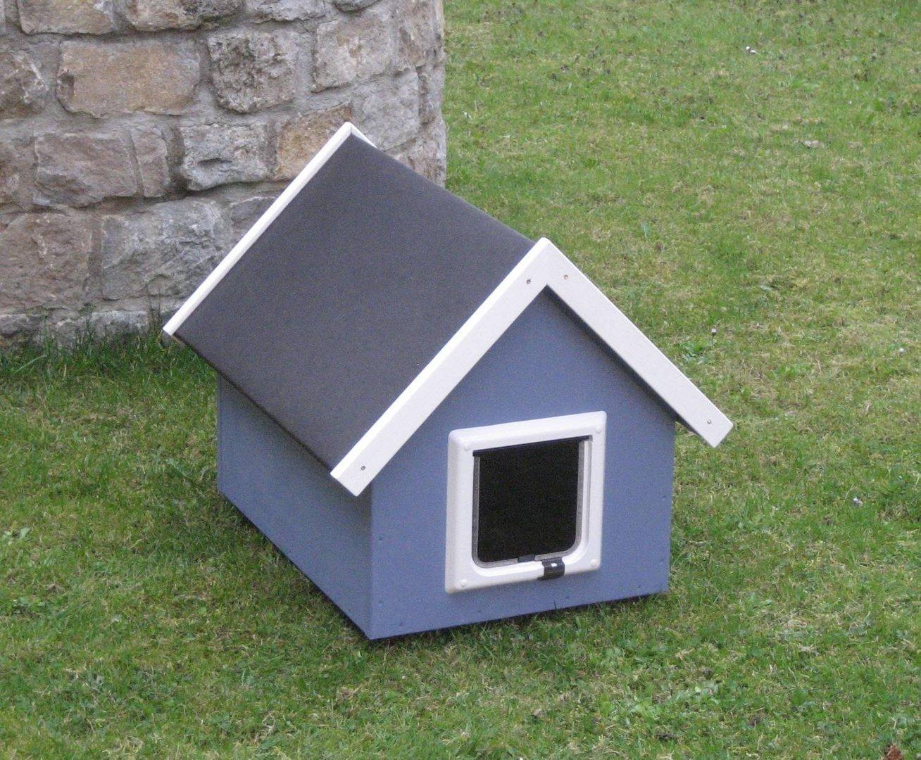 katzenhaus spitzdach farbe taubenblau katzenhaus wetterfest f r drau en. Black Bedroom Furniture Sets. Home Design Ideas