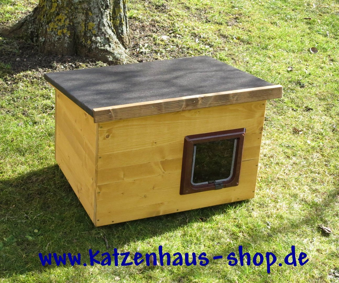 katzenhaus flachdach farbe kiefer katzenhaus wetterfest f r drau en. Black Bedroom Furniture Sets. Home Design Ideas